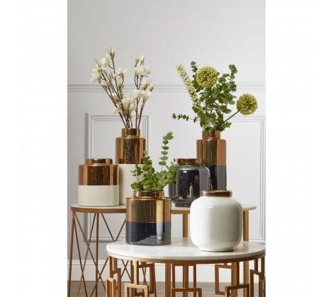 oriental vase 1411354_liv_01